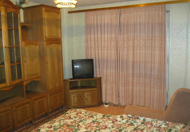 4-к квартира   Краснодар, Карасунская, р-н ЦМР, 81 фото - 1